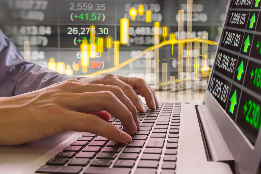 Best trading strategy using moving averages