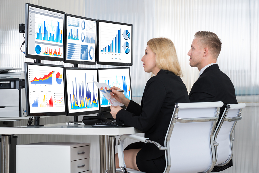 How to become a forex analyst